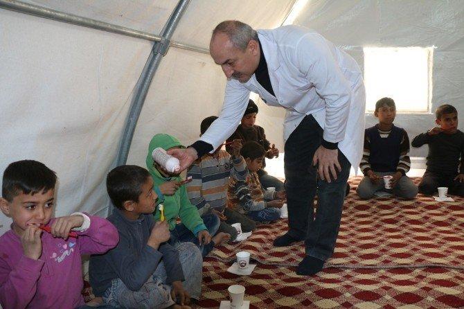 Suriyeli 650 Çocuk Diş Taramasından Geçirildi