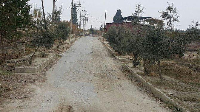 Alaşehir Belediyesi Hizmet İçin Mahalle Mahalle Geziyor