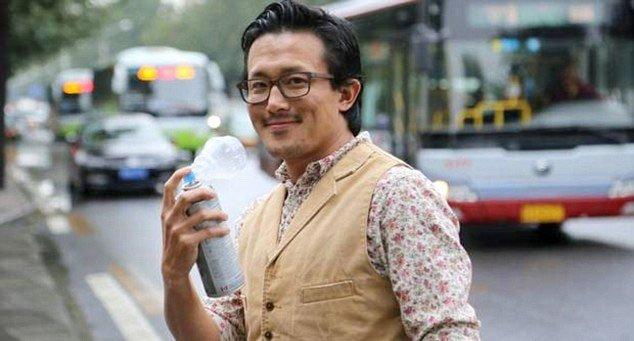 """Çin'de şişeyle ithal edilen """"temiz hava"""" yok satıyor"""