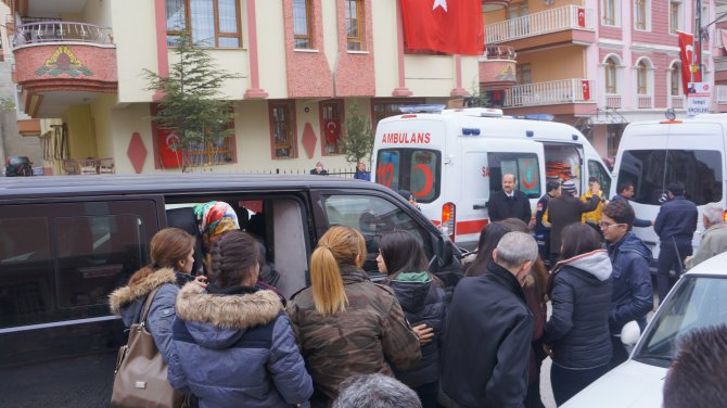 Şehit Kabukçu'nun cenazesi helallik için evine getirildi