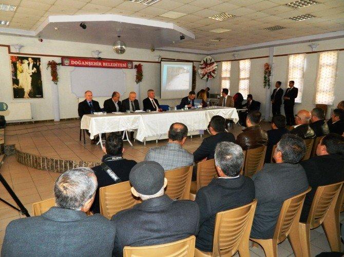 Belediye Başkanı Vahap Küçük, Halk Toplantısı Yaptı