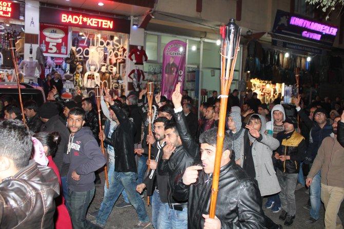 Doğu ve Güneydoğu'daki olayları yürüyüşle protesto ettiler