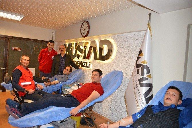 Genç MÜSİAD'tan Kan Bağışı