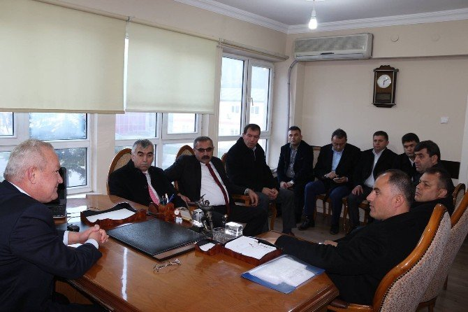 Genel Maden-iş Sendikası Yönetimi, Armutçuk'ta Madenciyi Ziyaret Etti