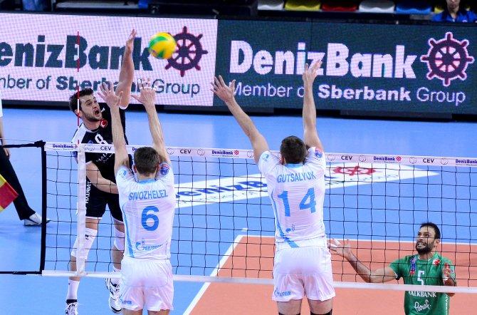 Halkbank: 1 - Zenit Kazan: 3