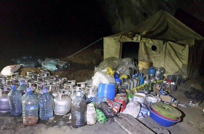PKK'nın Ağrı Dağındaki Kış Hazırlığı Mağara İle Birlikte İmha Edildi