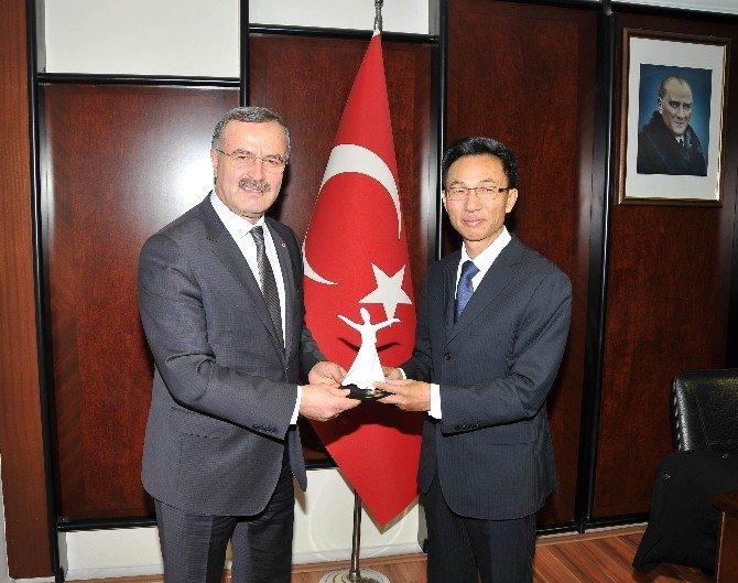 """Kütükcü: """"Türkiye İle Çin Daha Büyük İşler Yapabilir"""""""
