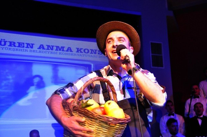 Manisa'da Zeki Müren İçin Anma Konseri