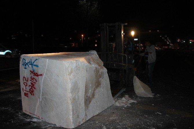 Yola 5 Tonluk Mermer Düştü