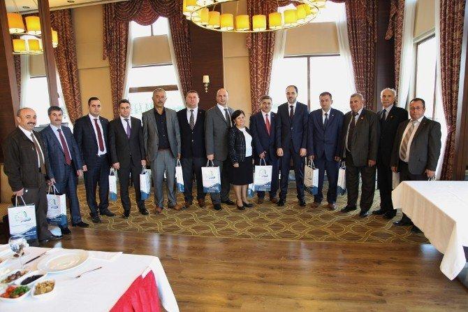Muhtar Dernekleri Başkanları Başiskele'de Bir Araya Geldi