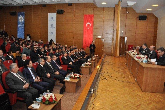 """NEÜ'de """"Mülteciler, İnsan Hakları Ve İstinaf Mahkemeleri"""" Paneli"""