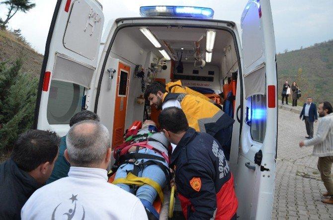 5. Kattan Beton Zemine Düşen Genç Kız Ağır Yaralandı