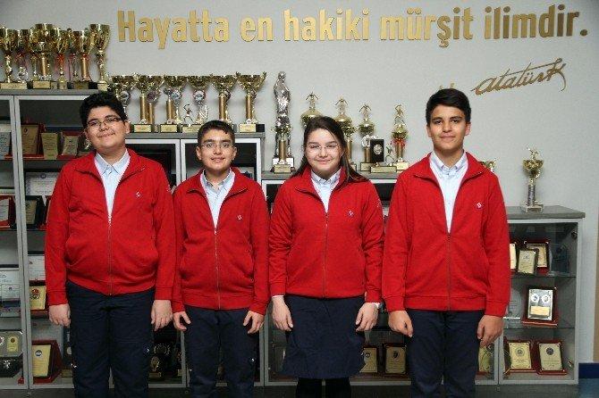 Özel Sanko Okulları'nın İki Öğrencisi Dünya Çapında Yüzde 5'lik Dilime Girdi
