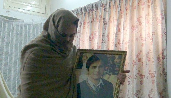 Pakistan'daki okul saldırısında oğlunu kaybeden anne: Rüyamda cennetteydi
