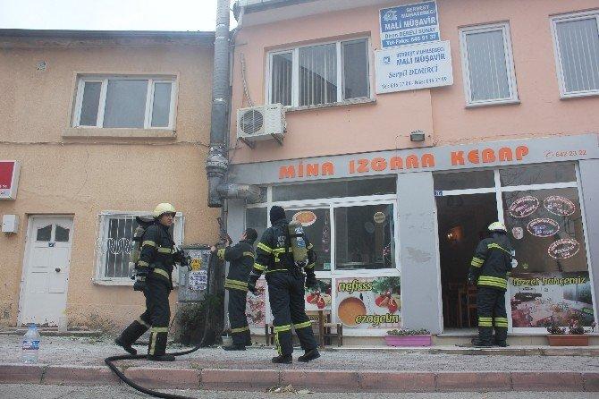 Restoranın Bacasında Çıkan Yangın Korkuttu