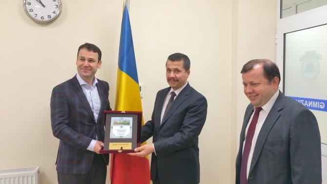 Romen belediye başkanından Türk okuluna ziyaret