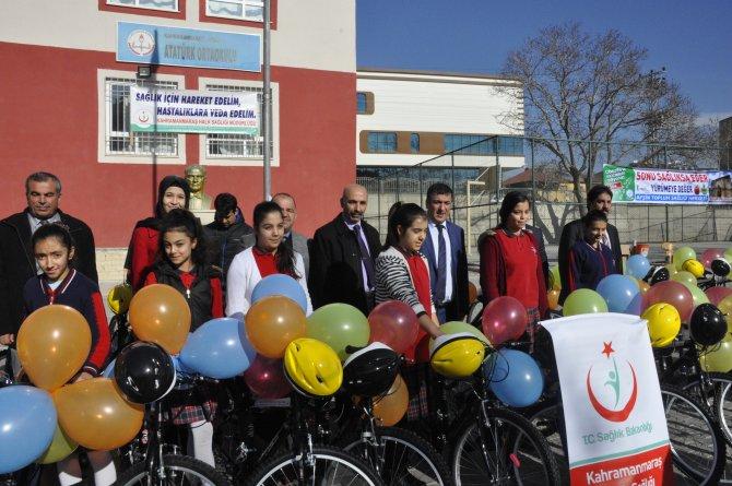 Afşin'de bisiklet dağıtımı yapıldı