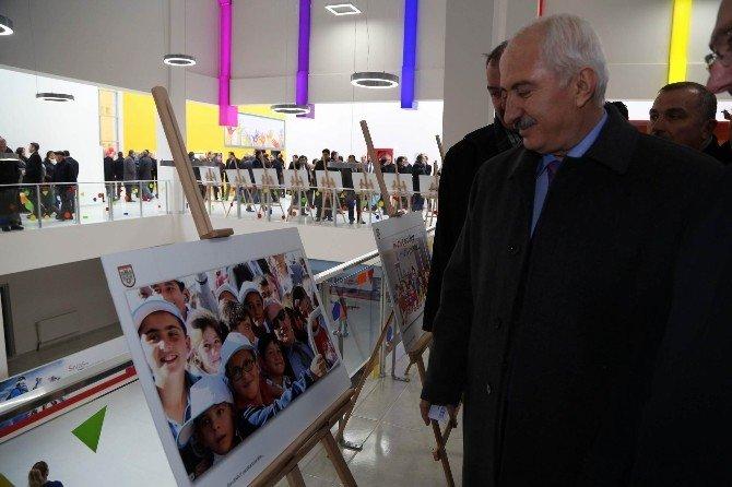 Sivas'ta Çocuk Oyun Ve Eğlence Merkezi Hizmete Açıldı