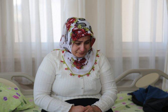 Sur'da iki ateş arasında kalan aile, hastane odasına sığındı