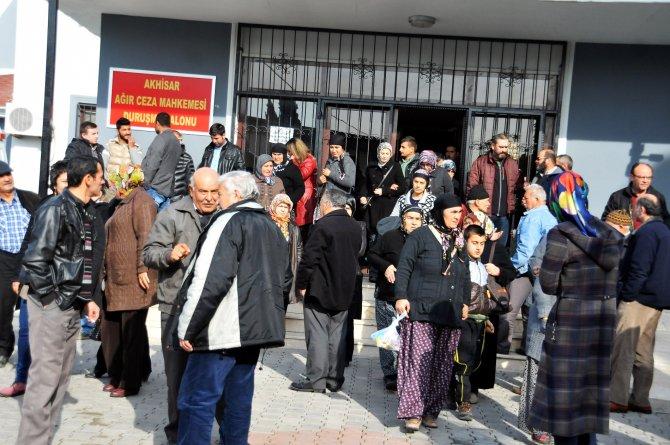 Soma davasında sanık avukatlarından ailelere: Kaşınıyorlar