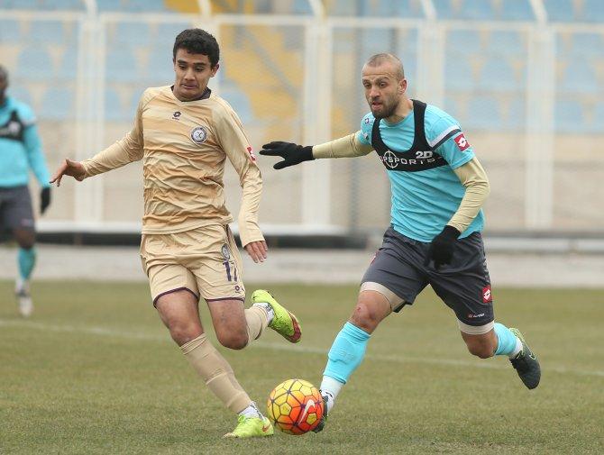 Beşiktaş'ın provasını U21 Takımı ile yapan Osmanlıspor, gol yağdırdı