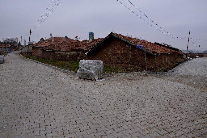 Tepebaşı Belediyesi'nin Kırsal Kesimdeki Yol Çalışmaları