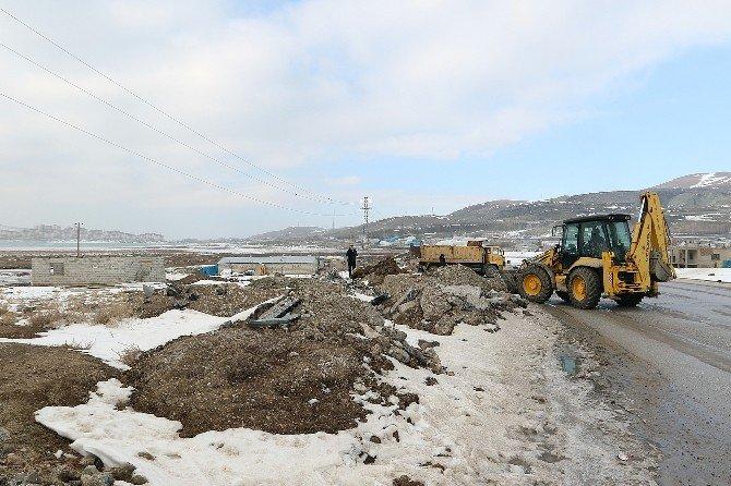 Büyükşehir Belediyesi'nden Hafriyat Temizliği