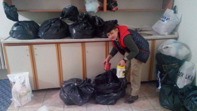 Öğrencilerden Bayırbucak Türkmenleri için gıda yardımı