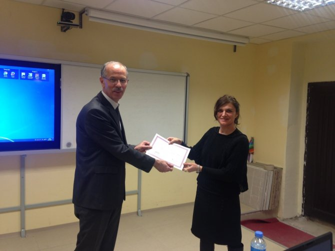 Fatih Projesi Eğitimleri kapsamında 183 öğretmene sertifikaları verildi