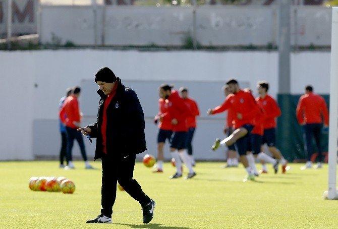Trabzonspor'da Affedilen Futbolcular Antrenmana Çıktı
