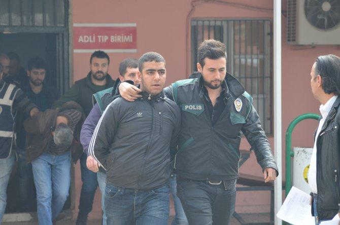 Evde uyuşturucu paketlerken yakalanan 7 kişi tutuklandı
