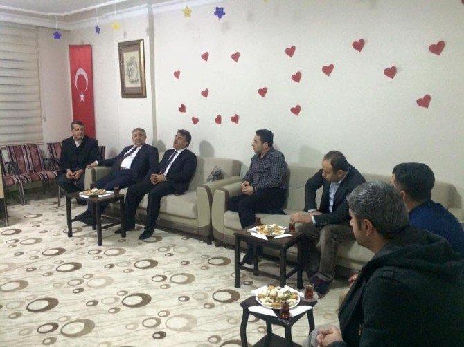 Milli Eğitim Müdürü Seyfi Özkan'dan, İHH'ya Ziyaret