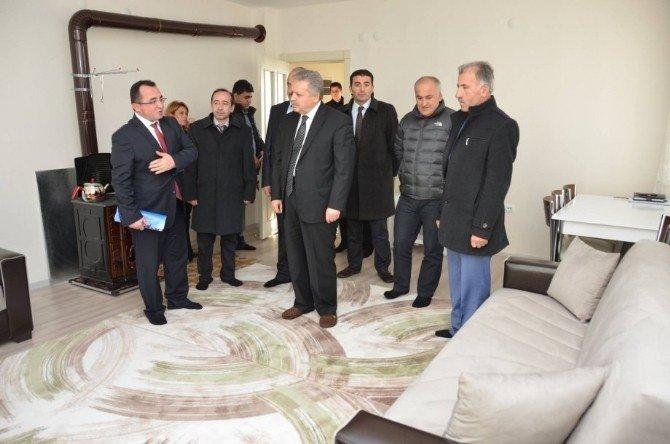 Ahıska Türkleri Üzümlü İlçesine Yerleştirilecek