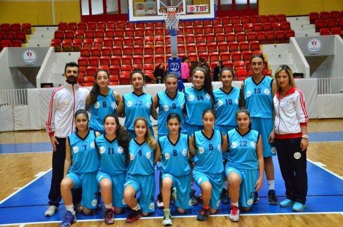 Anadolu Yıldızlar Ligi Akdeniz Grubu Kız Ve Erkek Basketbol Şampiyonası Adana'da Başladı