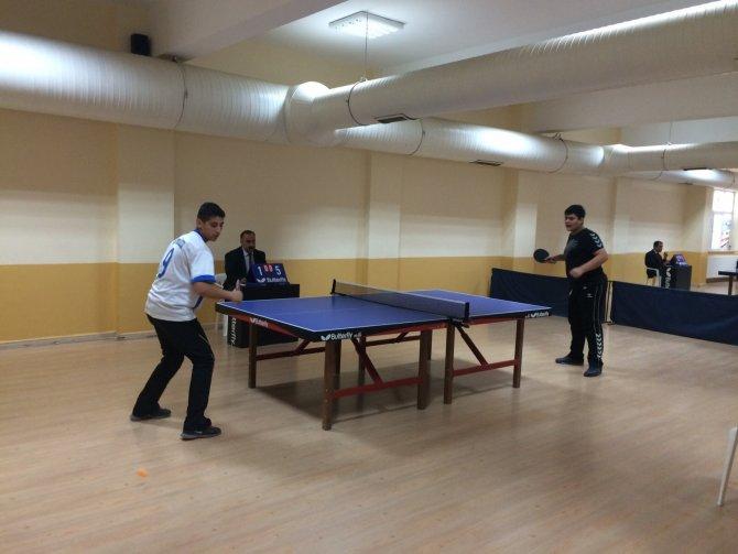 Liselerarası Masa Tenisi Turnuvası düzenlendi