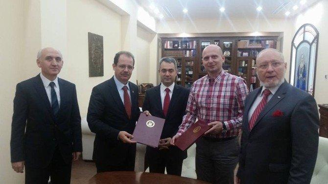 Bayburt Üniversitesi Tarafından Romanya'daki 3 Üniversite İle İşbirliği Protokolü İmzalandı.