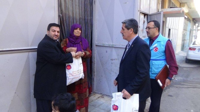 Suriyelilere 25 Ton ET Dağıtılıyor