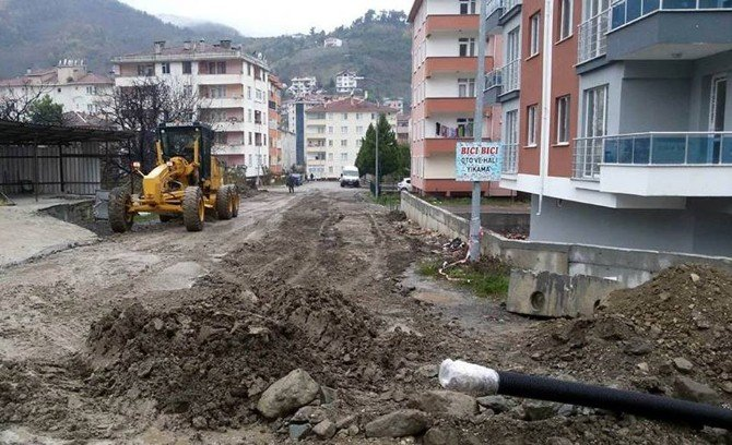 Bozkurt'ta Altyapı Çalışmaları Devam Ediyor