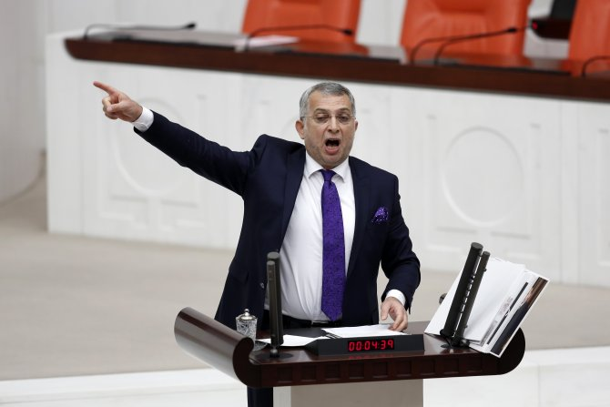 """""""Erdoğan'ın hayatında fısıldayarak bir konuşma yaptığını duydunuz mu?"""""""