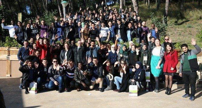 Yabancı Öğrenciler Adana Kebap Yaptı