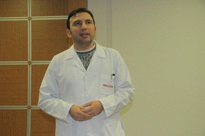 Elazığ'da Emeklilere Sağlık Semineri Verildi