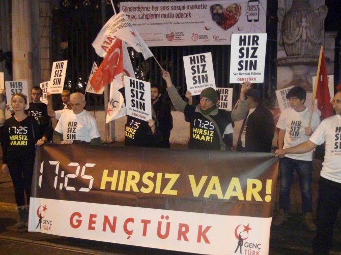 17/25 Aralık'a sessiz protesto