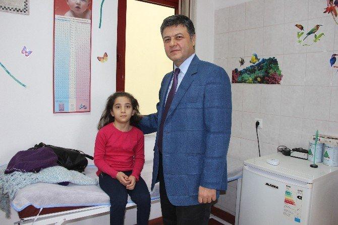 Çocukların Sürekli Aynı Beden Kıyafet Giymesi Hastalık Habercisi