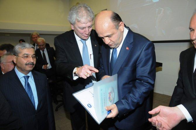 EBSO: Asgari ücret siyaseten arttırıldı, yükünü devlet karşılasın