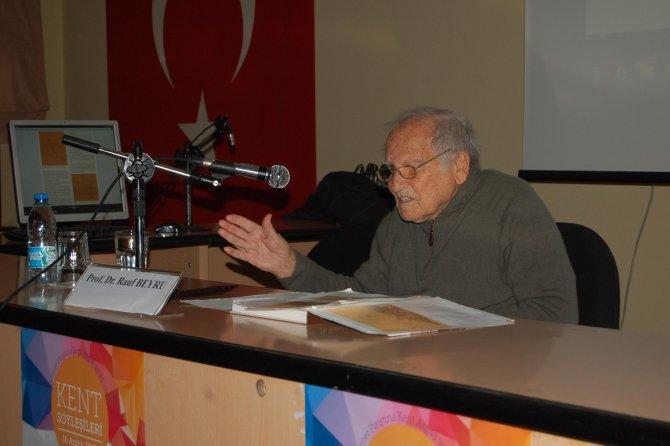 Prof. Dr. Beyru İzmir'i anlattı