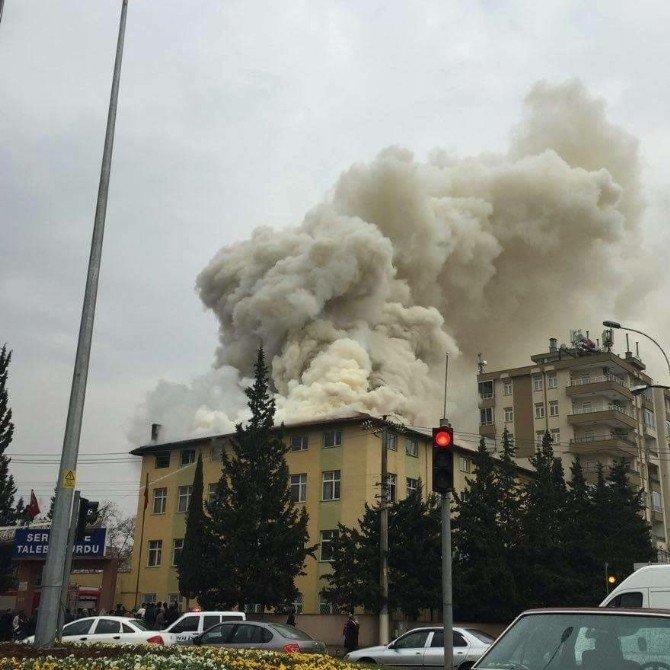 Öğrenci Yurdunda Çıkan Yangın Söndürüldü