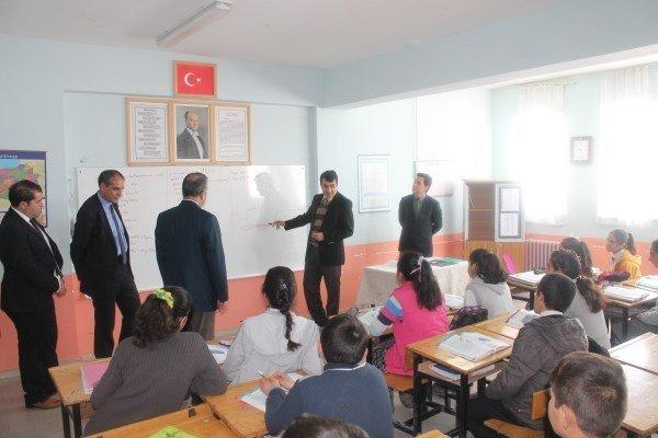 Kaymakam Bayır'ın Okul Ziyareti Devam Ediyor