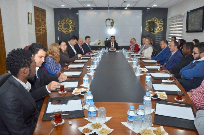 Kayseri'de yaşayan 100 kişiden 4'ü göçmen