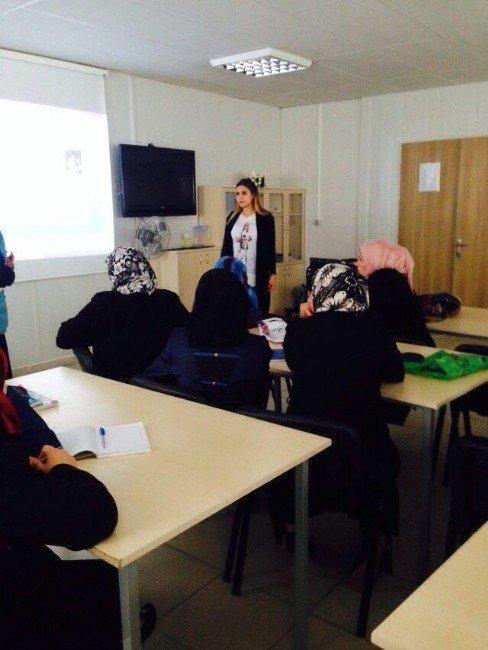 Suriyeli Kadınlara Çocuk Konusunda Psikososyal Destek