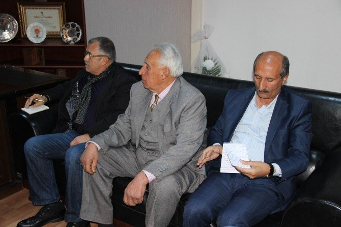 Kırklar Meclisi AK Parti'yi Ziyaret Etti